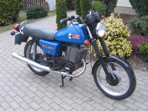 MZ ETZ 250 - with drum front brake! (Courtesy of wikimedia)